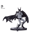 Batman Black & White statuette Batman by Tony Millionaire EE Exclusive 15 cm