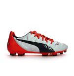 Chaussures Différentes Football